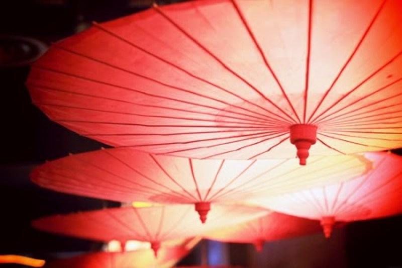 Restaurant Miss Ko : Quand Philippe Starck réinvente le Japon à Paris