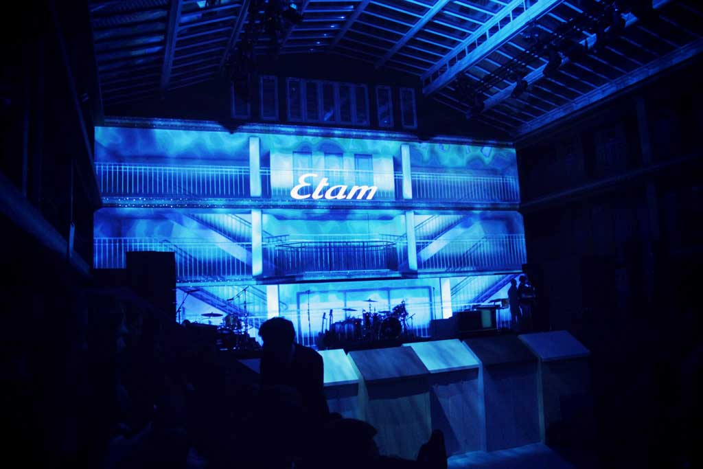 Etam-Live-Show-Molitor-Snoop-Dog-01