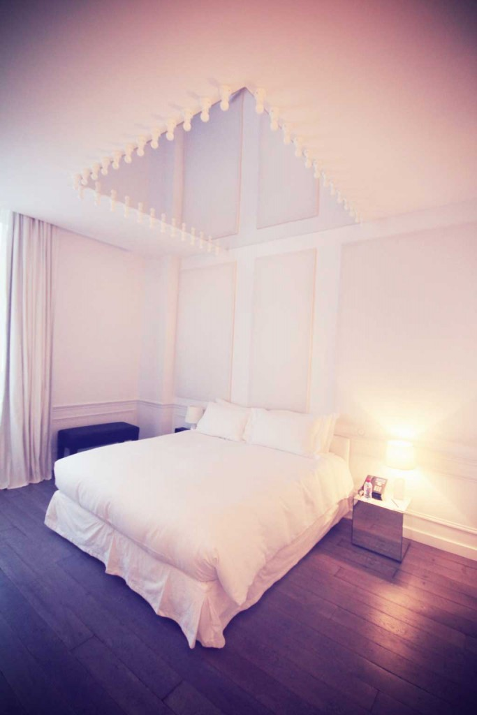 Hotel-Maicon-ChampsElysees-1