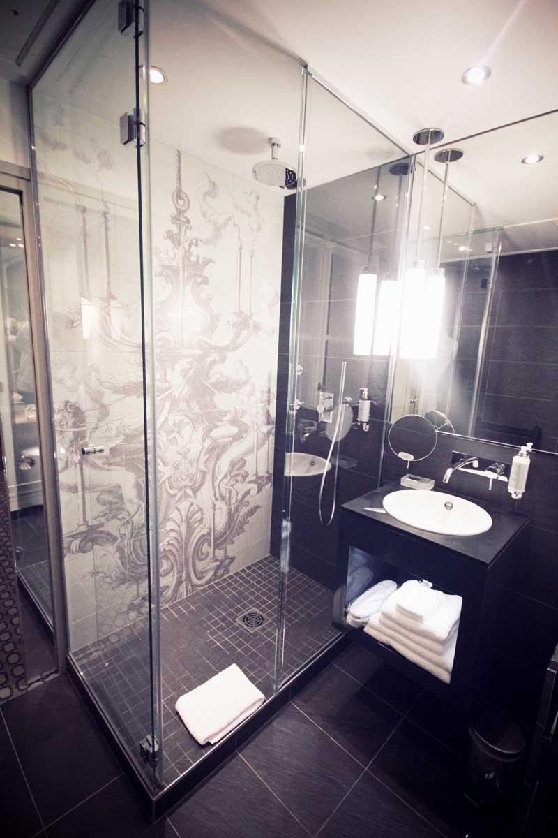 Hotel-La-Lanterne-Paris-17