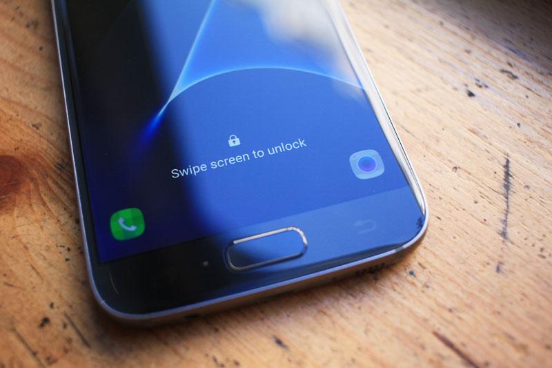 Samsung-Galaxy-S7-05