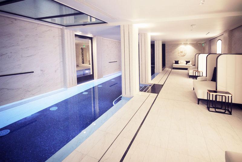 le-narcisse-blanc-hotel-paris-45