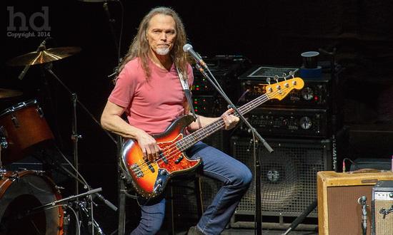 The Eagles: Live O2 London 2014 – Happy Designer
