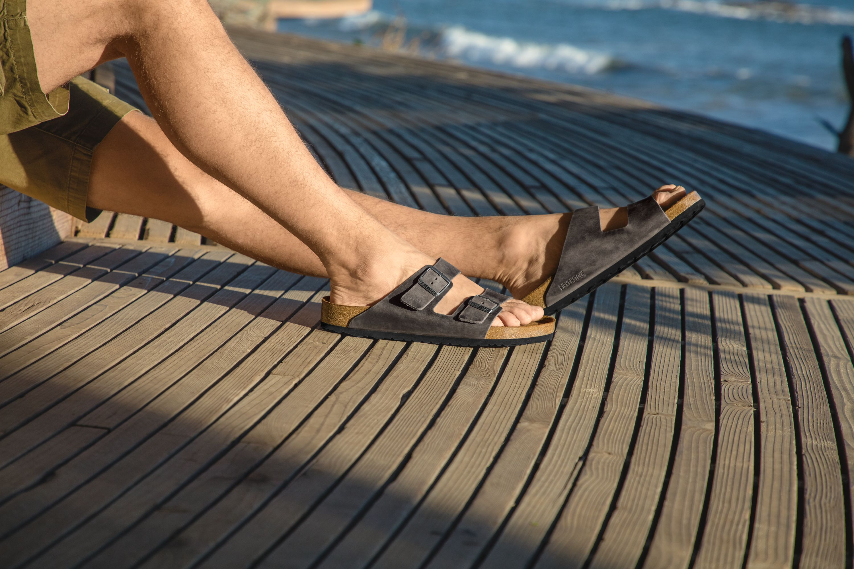 birkenstock sandals for narrow feet