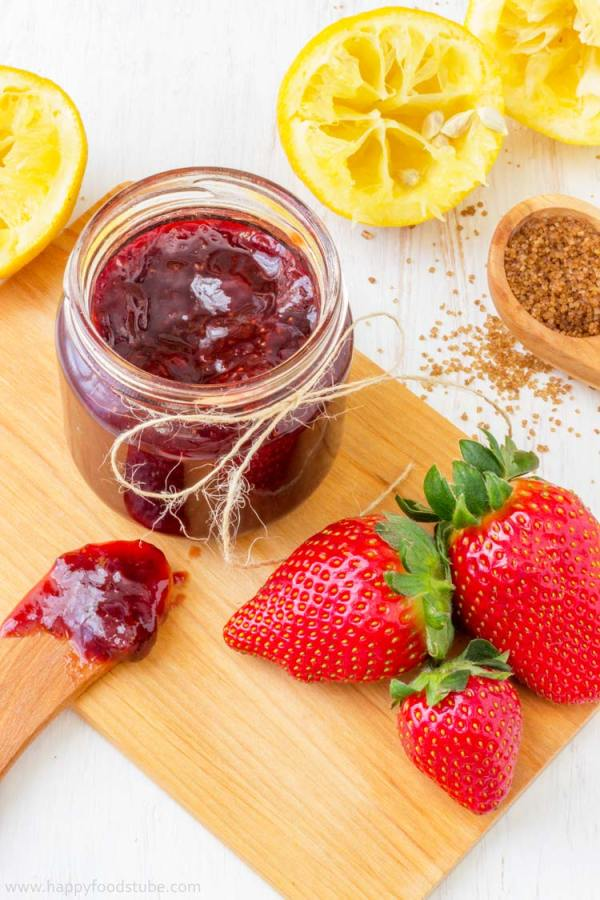 Homemade Strawberry Jam - No artificial preservatives, fresh, healthy, pectin free, easy, recipe, home cooking   happyfoodstube.com