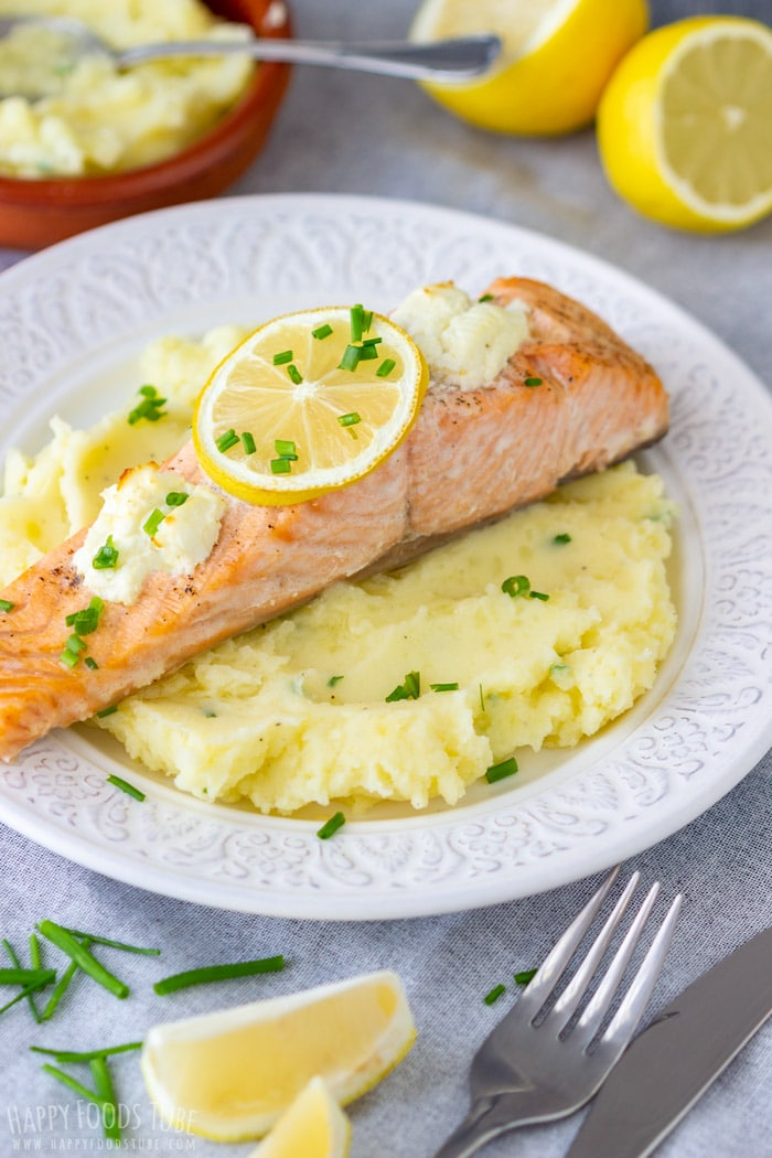 Oven Baked Salmon Fillets with Mashed Potatoes