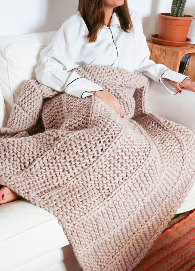 Medea Blanket