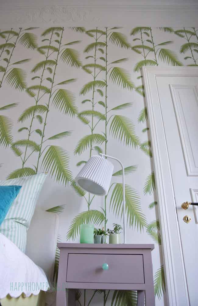 unser schlafzimmer mit palmen tapete happyhomeblog. Black Bedroom Furniture Sets. Home Design Ideas