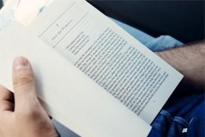 book-691489_1280