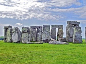 stonehenge-578199_1280