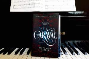 Caraval Book Review: Reading This Was Like Eating A Cake… To An Extent