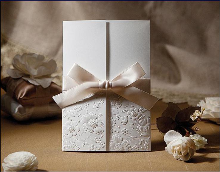 Embossed Robbon Knot Pocket Wedding Invitations Hpi265