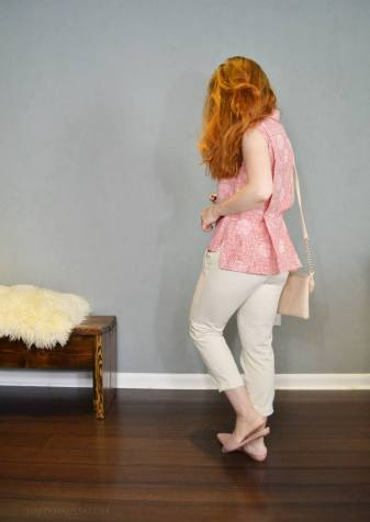 capsule wardrobe. pink print and cream capris