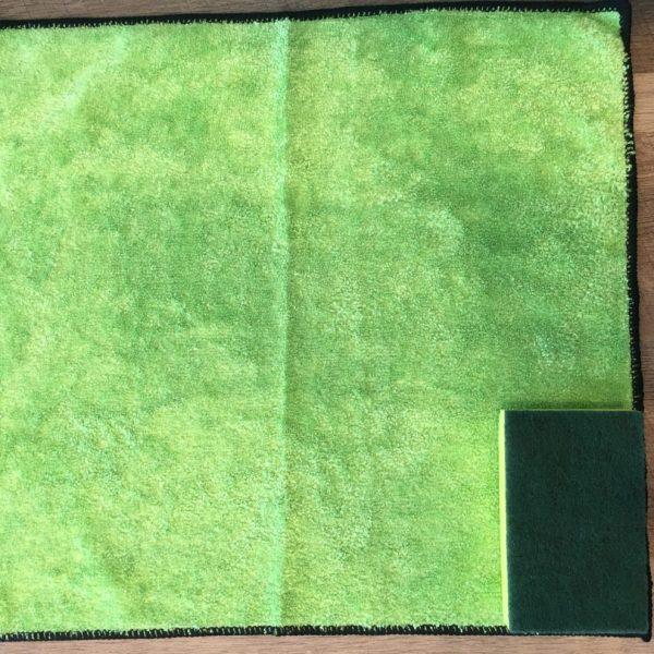 Size comparison of microfiber cloth to sponge