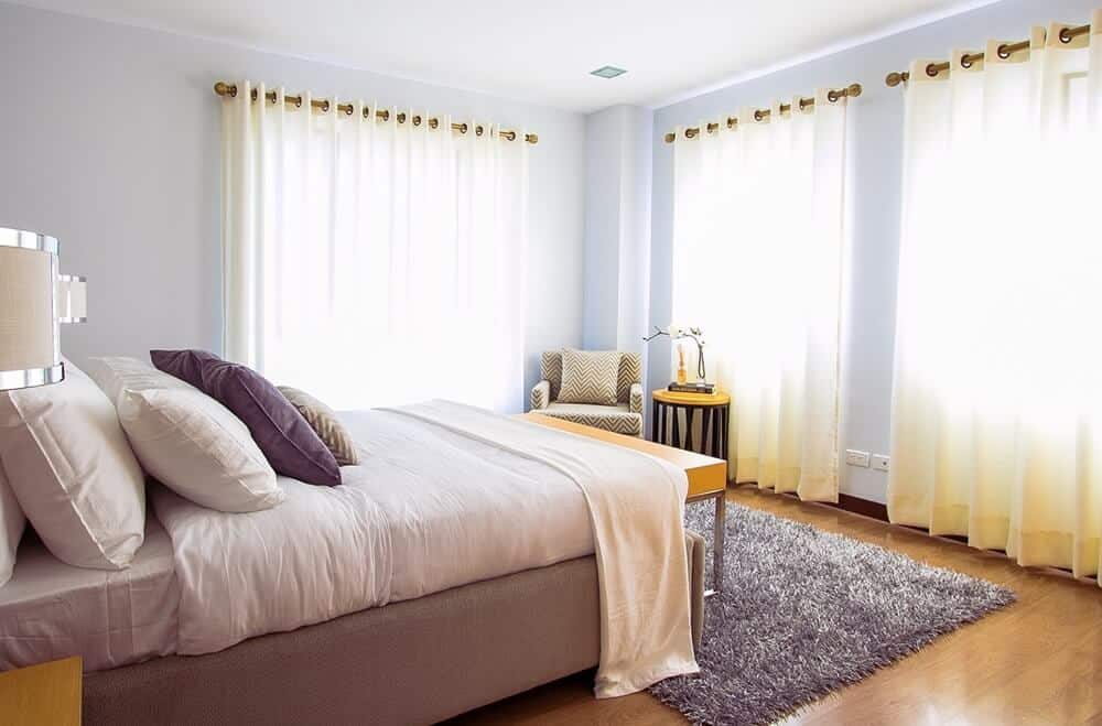 How to create a minimalist bedroom that's not boring and white!