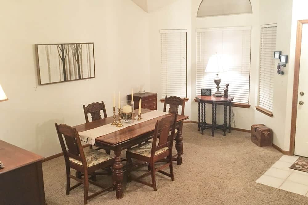 Declutterd Dining Room