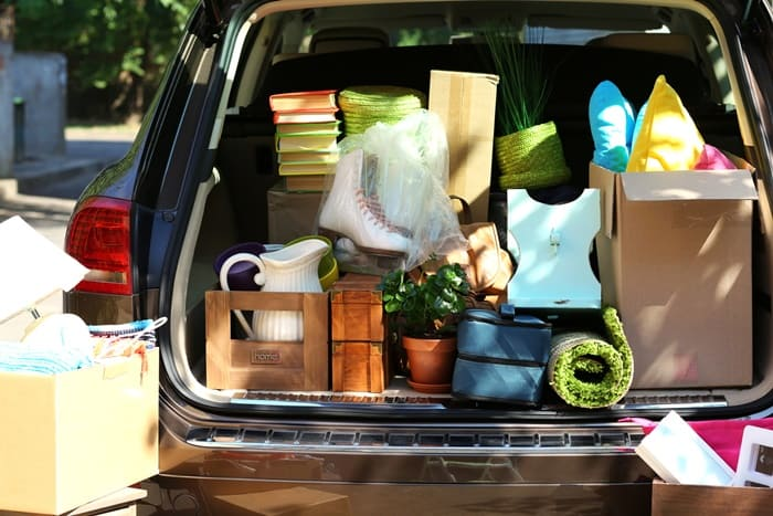 clutter in back of car to donate