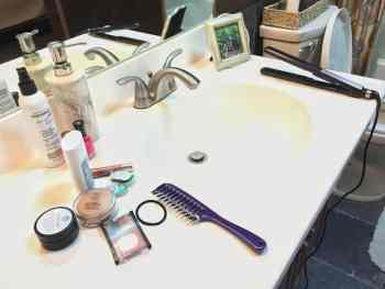 Clear the bathroom counter clutter for good!