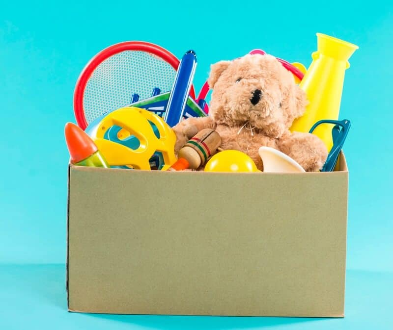 Your kids can learn how to get rid of toys on their own.