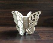 Vlinderurn met kanten vleugels M