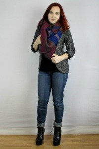 Cute blanket scarf outfit. Great for a casual office work outfit, or shopping and lunch with the ladies. purple blanket scarf, dark blazer, black tshirt, jeans, platform boots.
