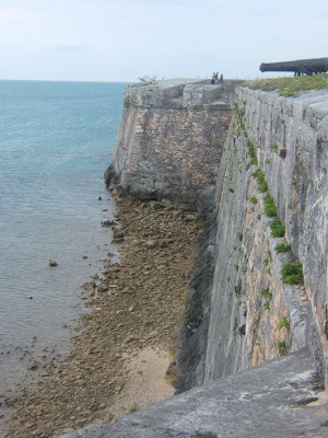 Bermuda fort wall
