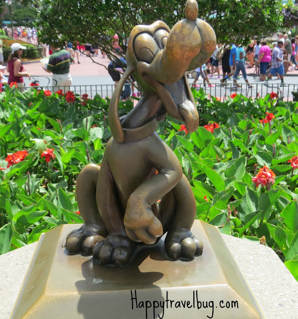 Pluto the dog sculpture at Disney World