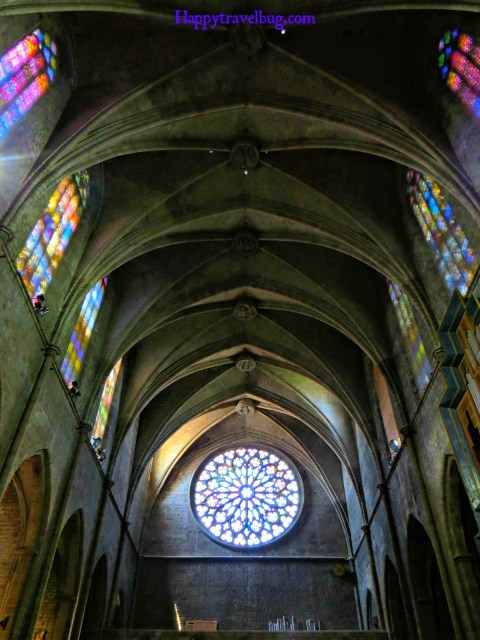 Stained glass windows in The Basilica Santa Maria del Pi