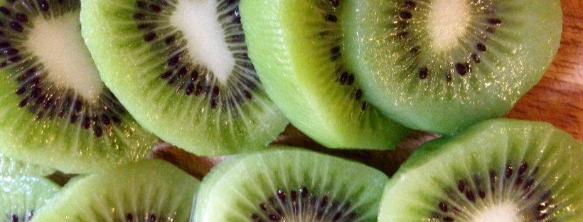 Kiwi Matcha Green Smoothie- Hara Holistics