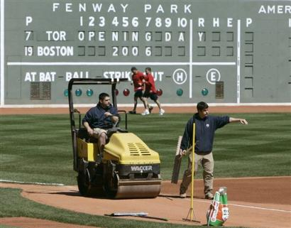Red Sox prepare for 2006 opener at Fenway Park