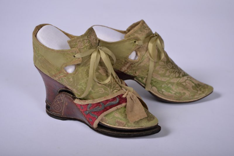 Brocade shoes of Papillon Hall