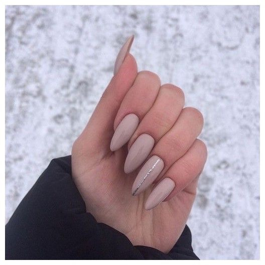 uñas kylie jenner - perfect nails - uñas decoradas - diseños de uñas trendy -