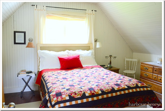 beach bedroom before