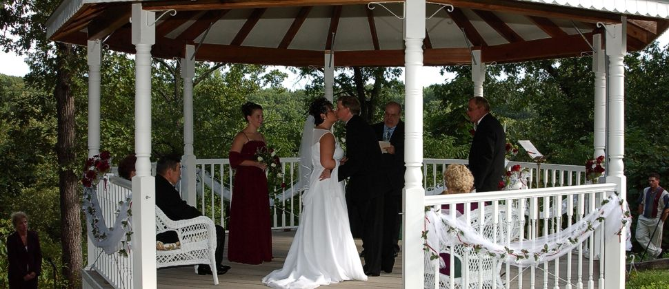 Elope In Missouri Elopement Wedding Packages Near Lake Of The Ozarks