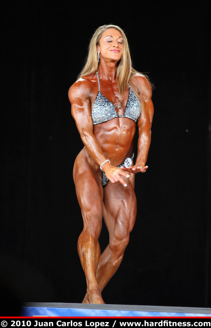 Amber DeFrancesco Routine 2010 NPC National Championships