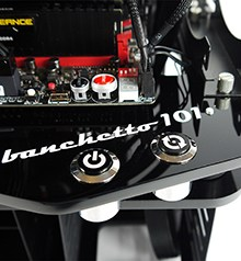 MicroCool Banchetto 101 Chassis Review
