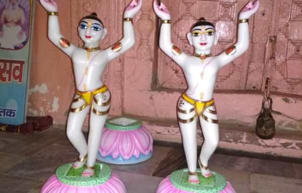 Gaura Nitai Marble Deity / Statue / Murti 12 Inches Good Finishing