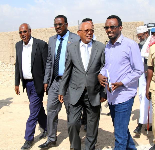 Madaxweyne Ku-xigeenka Somaliland Oo  Furay Munaasibad Lagu soo Bandhigaayo  Qayb Ka Mid Ah Mashruuca Biyo Galinta Caasimada oo ay maal galisay Coca Cola foundation