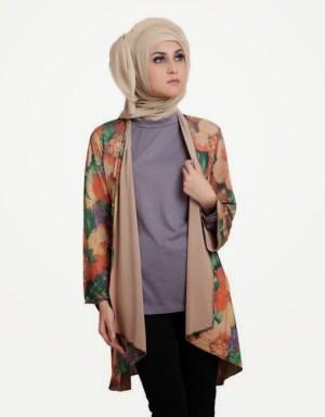 Model Baju Batik Muslim Untuk Wanita Muda Saat Hangouts