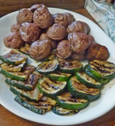 Grilled shiitake mushrooms and zuchinni