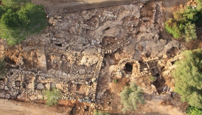 חפירות ארכיאולוגיות עתיקות בחריש