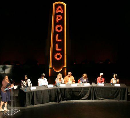 apollo panel make your music move (2) Jenella Young