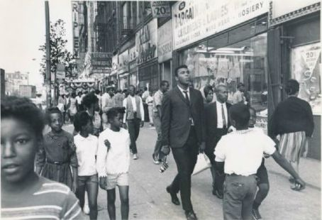 1963 Cassius Clay The Pied Piper of Harlem Followed By Fans