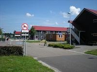 Vestiging asielzoekerscentrum onder voorwaarden op Balkland terrein