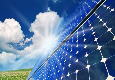 Gemeente plaatst zonnepanelen op eigen gebouwen