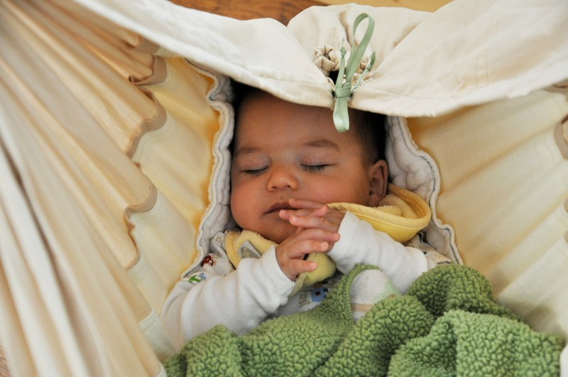 Can T Get Baby To Stay Asleep 5 Alternatives To Crib