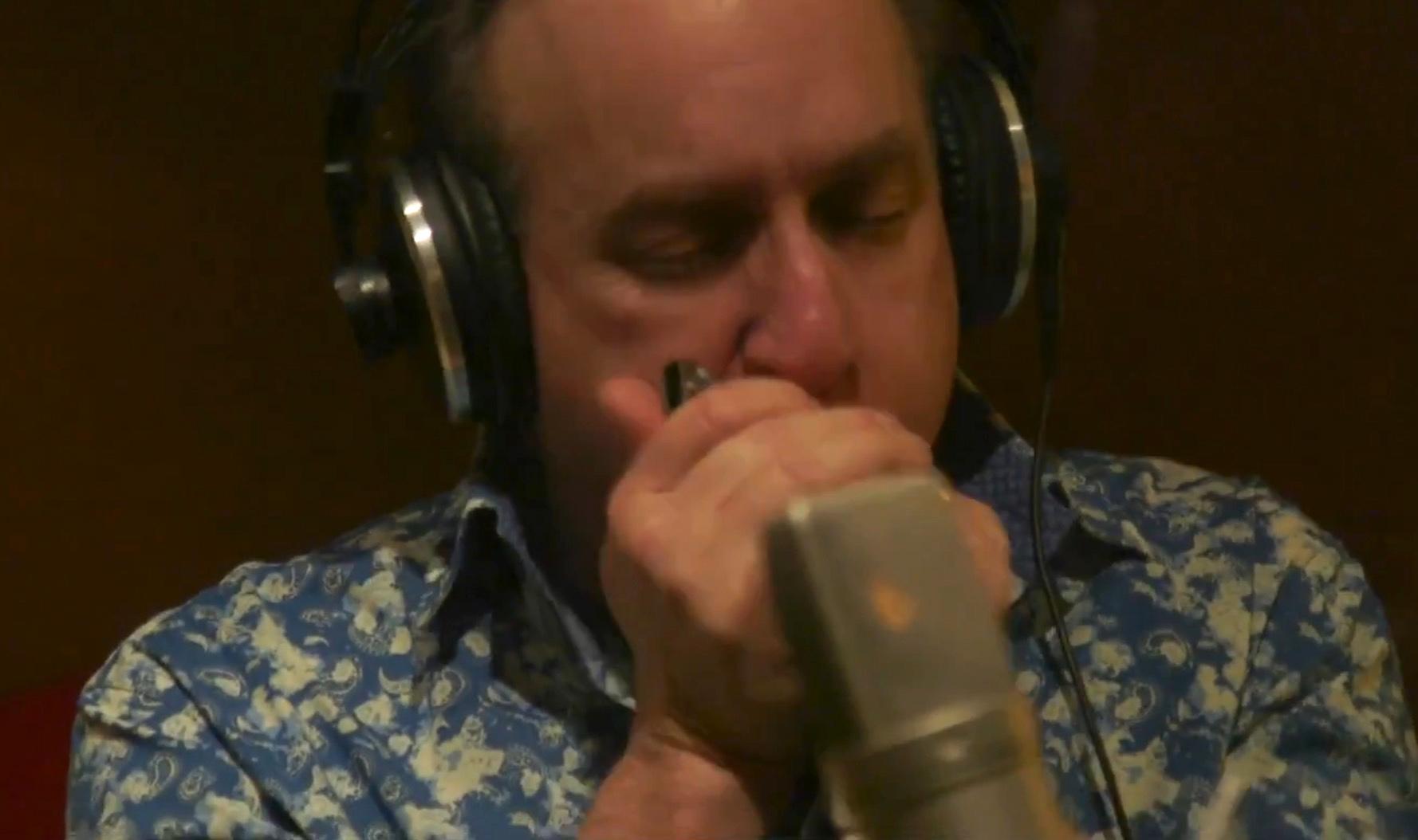 """Harp Sessions: """"Shake Em Blues"""""""