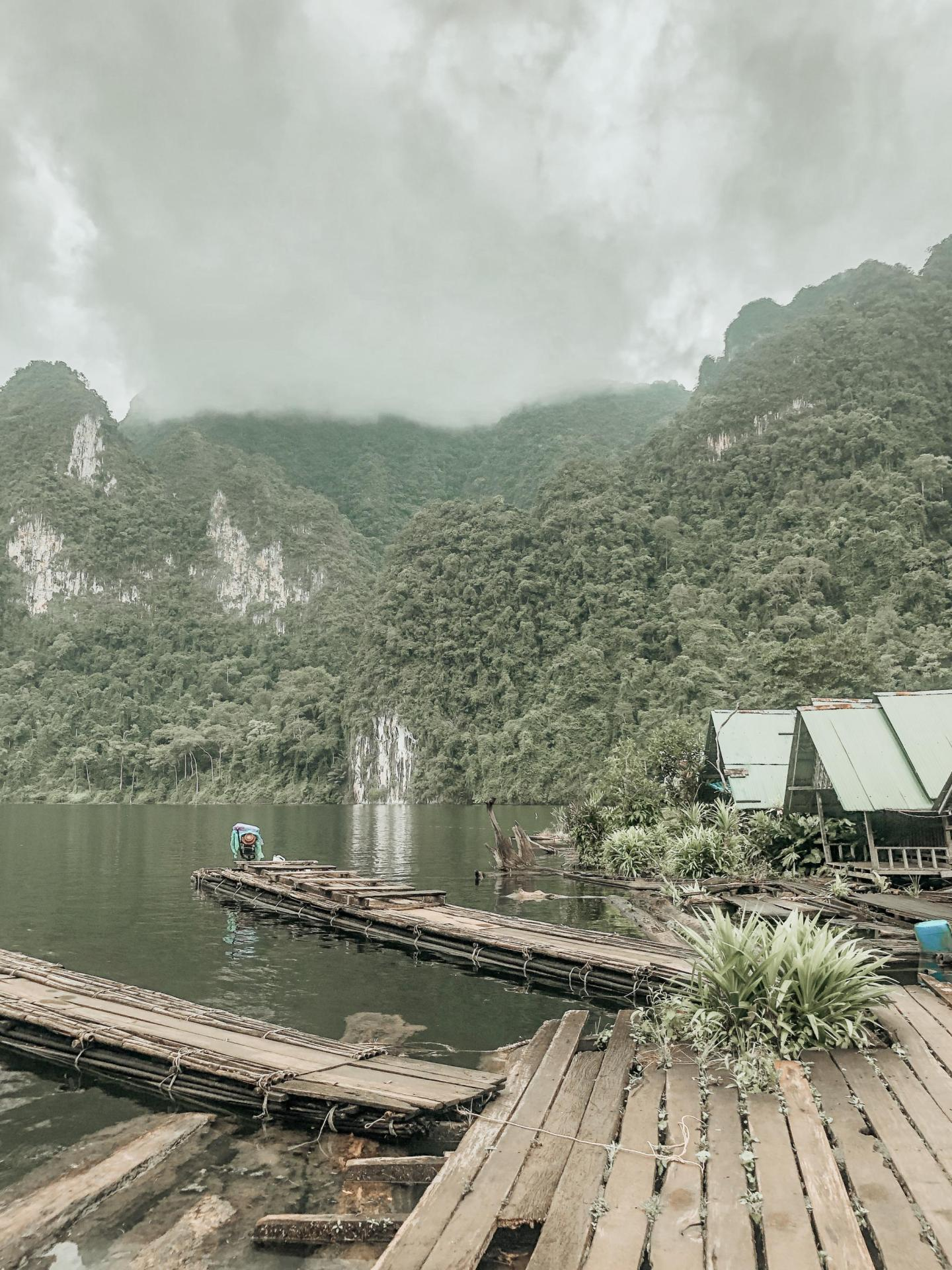 The floating Ranger Station on Ha Roi Rai