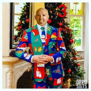 Tom-Harness-Ugly-Christmas-Suit