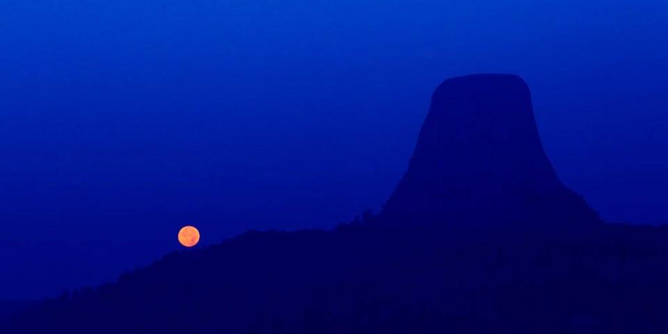 Devils Tower Moon